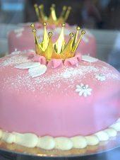 Prinsestarta(プリンセストータ) 特別な日のケーキ「プリンセスケーキ」